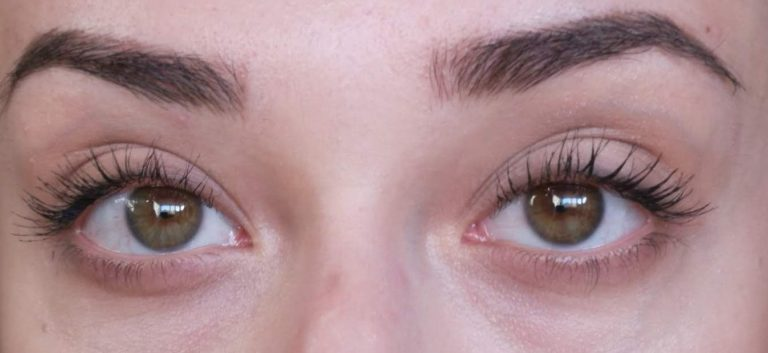 one coat of zoeva graphic lash mascara